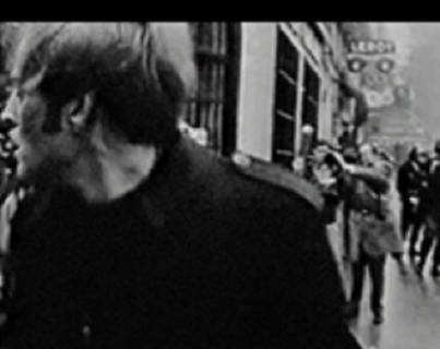 Photogramme extrait du film Les Révoltés