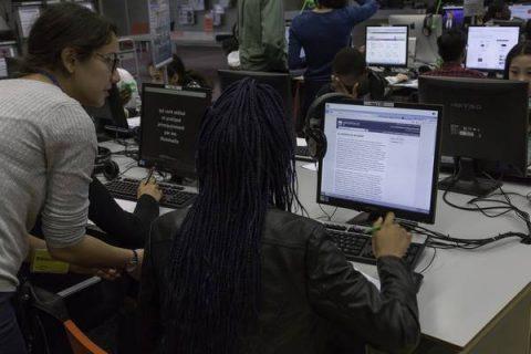 """Lien vers la fiche pratique """"retour sur les ateliers Info Intox de la Bpi"""""""
