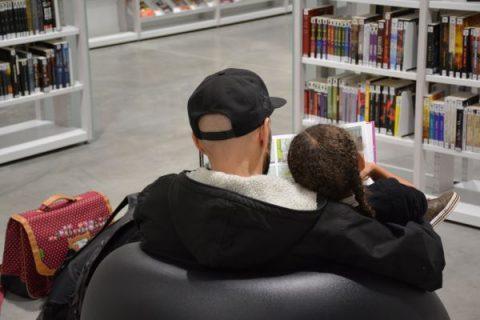Photographie prise à la bibliothèque Assia Djebar (Paris)