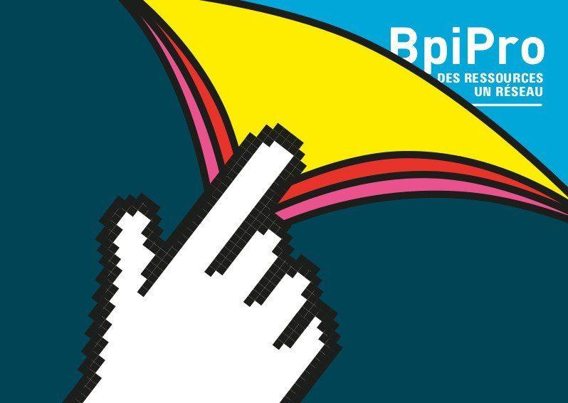 """Dessin d'une main qui feuillette les pages avec logo Bpi Pro """"Des ressources, un réseau"""""""